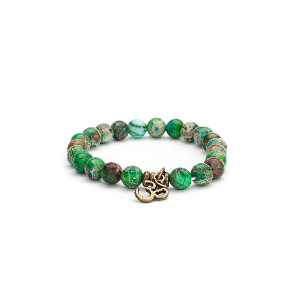 Mala karkötő, zöld gyöngyökkel, OM medállal - M