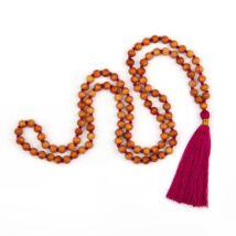 MÁLA - nyaklánc szantálfából, berry színű zsinórral, 108 szemes