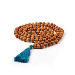 MÁLA - nyaklánc szantálfából, óceán kék színű zsinórral, 108 szemes