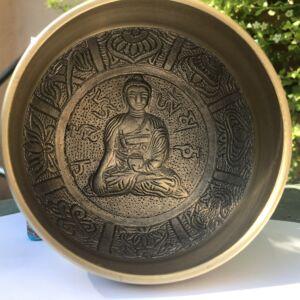 Indiai hangtál Buddha mintával - 11 cm - díszdobozban