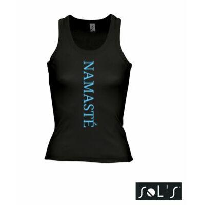 Trikó: Namasté fekete színű női trikó - kék felirattal