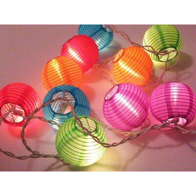 Lámpafüzér vegyes színű gömbökből (10 égős)