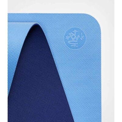 Manduka Begin - 5mm jógamatrac - light blue, világoskék, sötétkék mindkét oldal használható